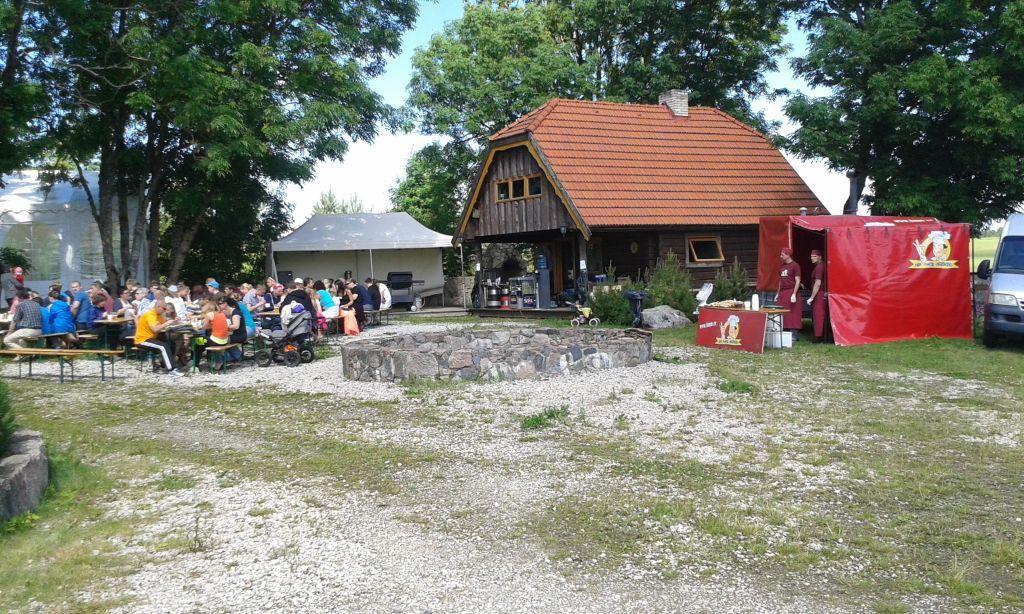 Küla villa